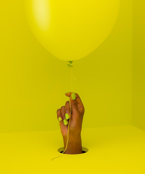 balloon_yellow_hand